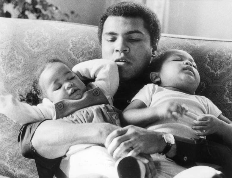 In 1978, Muhammad Ali is pictured with  daughters Laila (9 months) and Hana (2 years). (Getty Images)